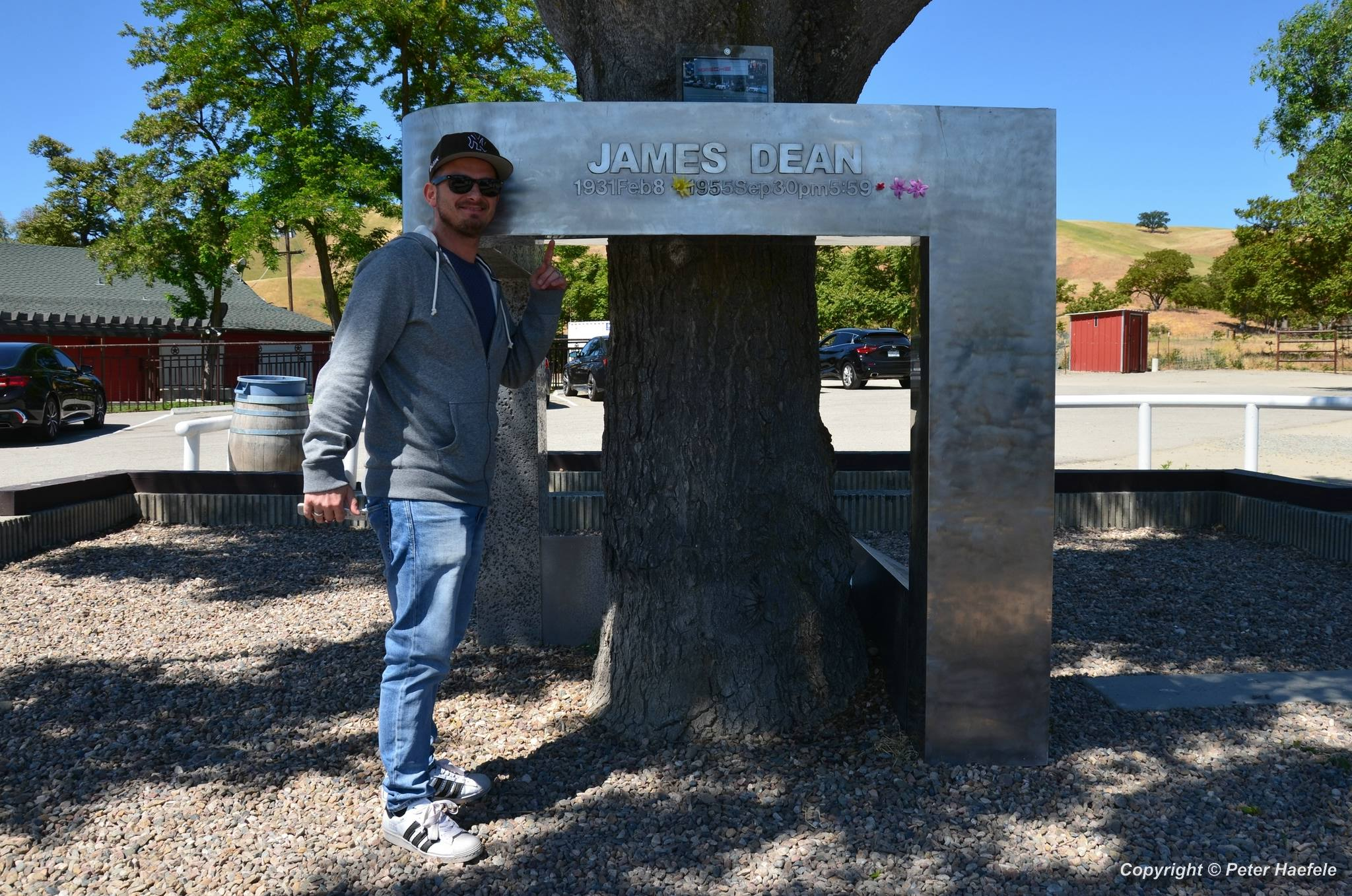 James Dean Memorial - Jack Ranch Cafe - Cholame - California