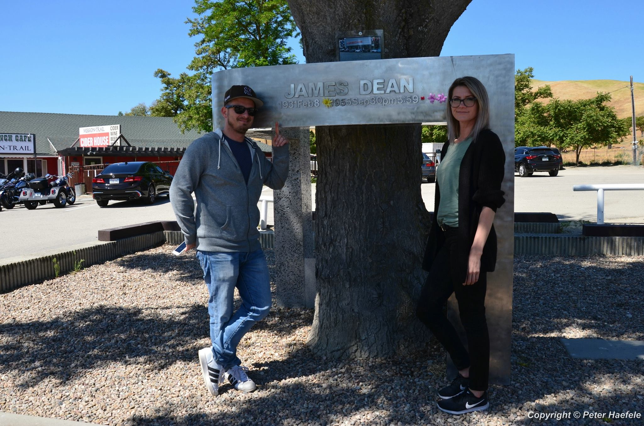 James Dean Memorial - Jack Ranch Café - Cholame - California