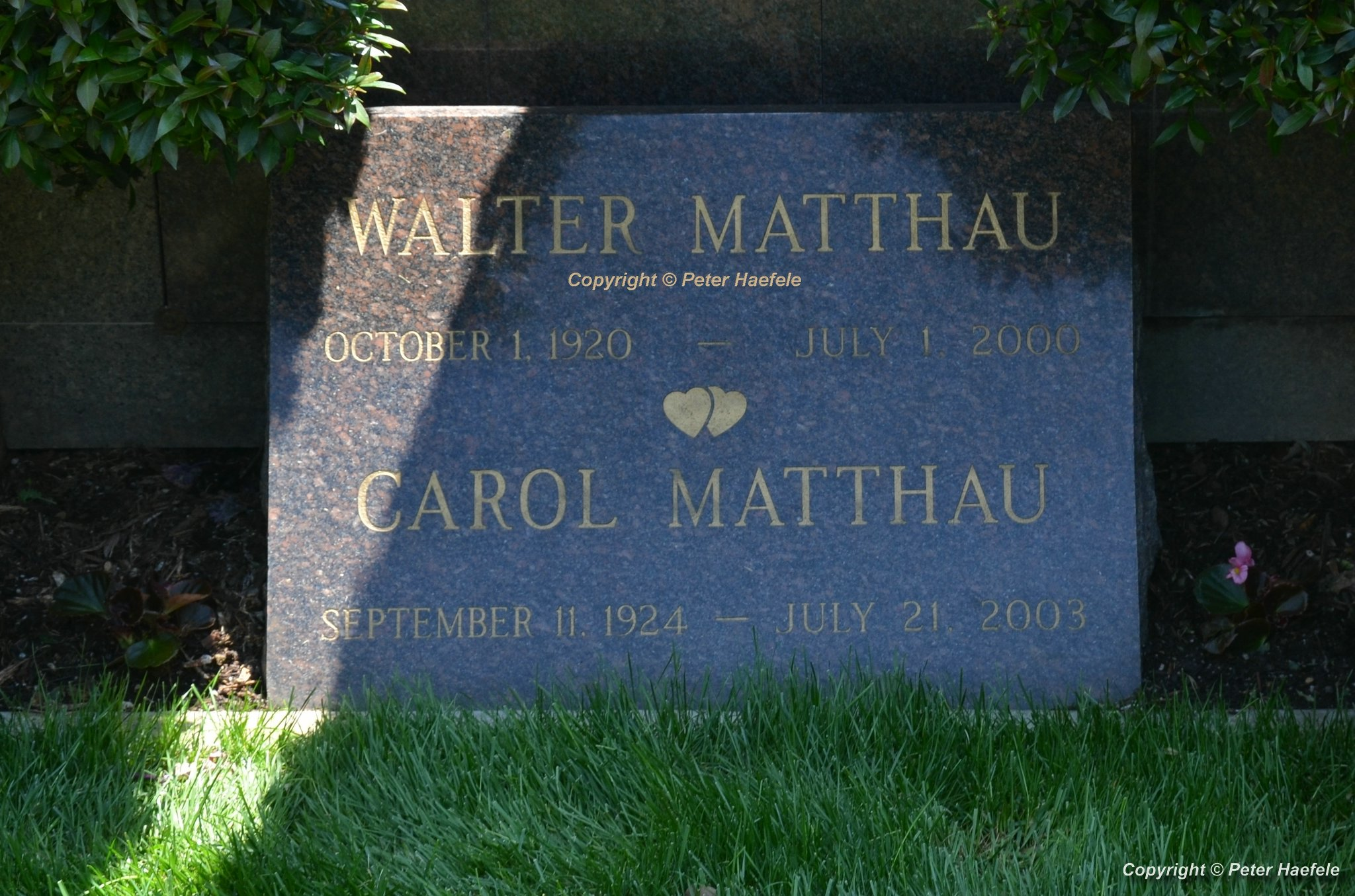 Roadtrip USA - Westwood Village Memorial Park Cemetery - Grave of Walter Matthau
