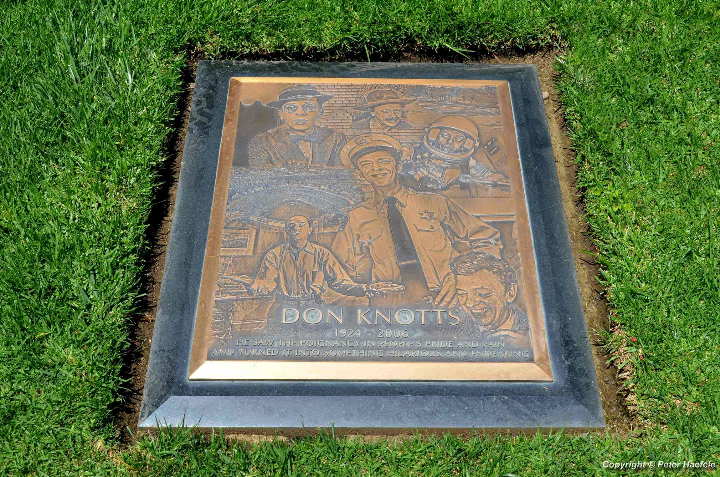 Don Knotts grave at Westwood Village Memorial Park Cemetery - © Peter Haefele Fotografie